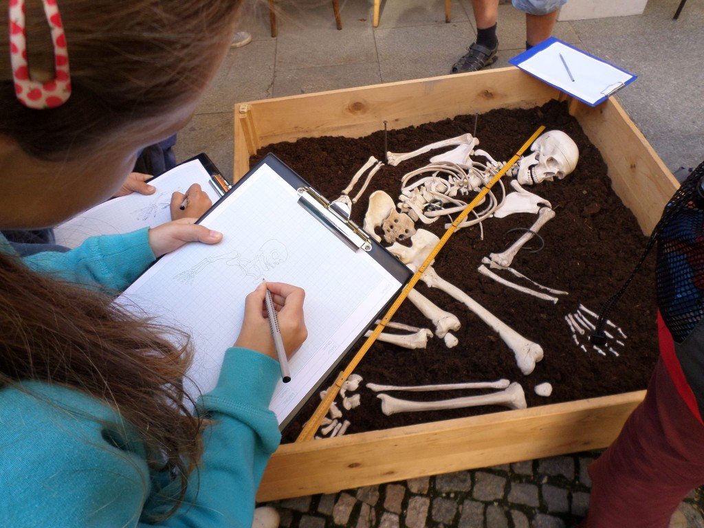 Meninárodní den archeologie