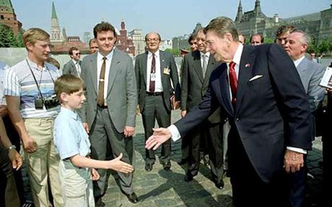 Putin a Reagan