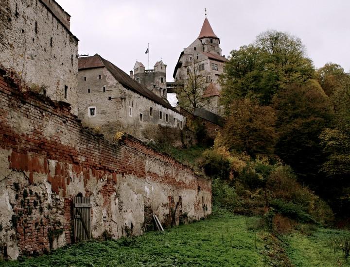 Terasy u hradu Pernštejn, foto: NPÚ