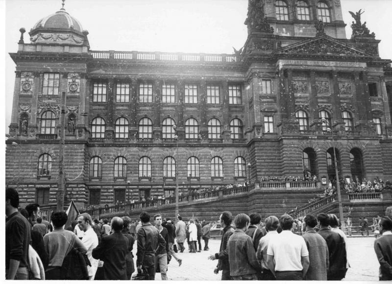 Střely ze srpna 1968 budou na fasádě Historické budovy Národního muzea viditelné i po její rekonstrukci, foto: NM, Kříž
