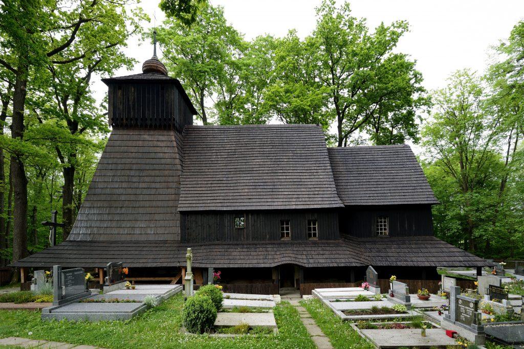 Dřevěný kostel Božího těla v Gutech na Těšínsku